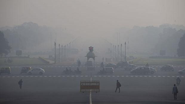 Delhi pollution level in 'hazardous' zone on Diwali
