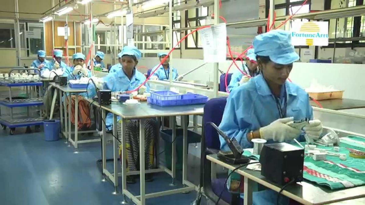 The missing middle and breaking bottom of India's manufacturing sector