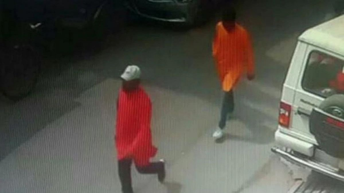 A CCTV grab of Kamlesh Tiwari's alleged killers outside his Khurshed Bagh residence in Lucknow.