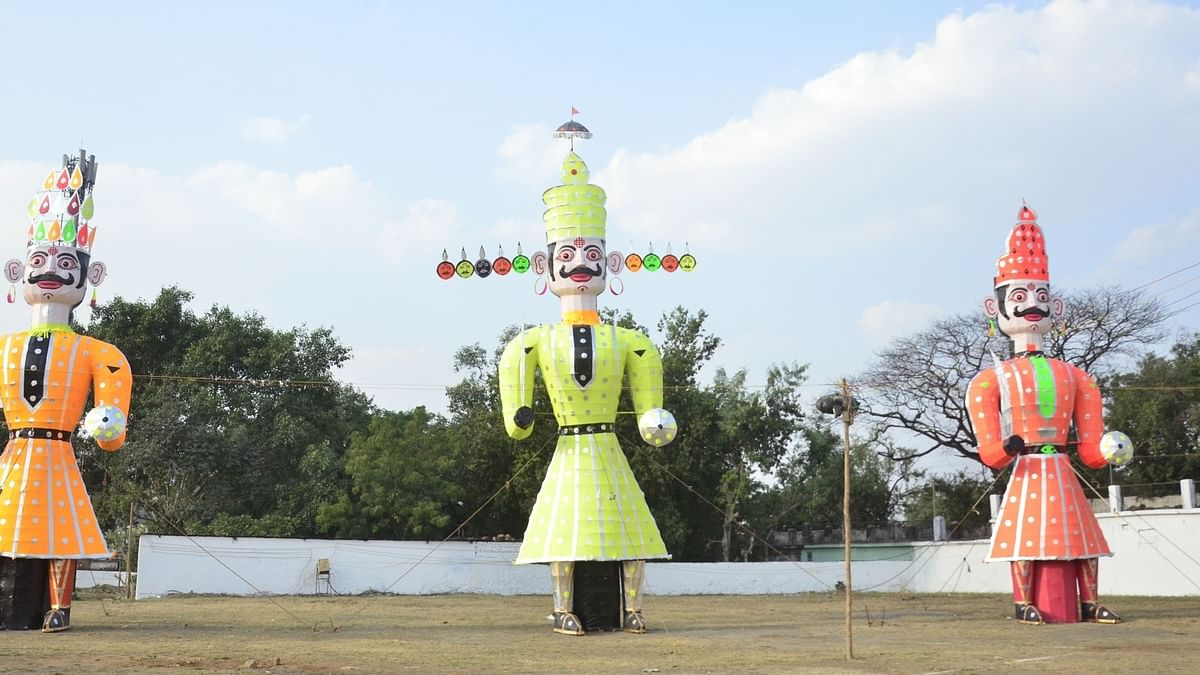 Vijaya Dashmi: In Bhopal, demon king Ravana may need raincoat more than armour to fight Lord Ram!