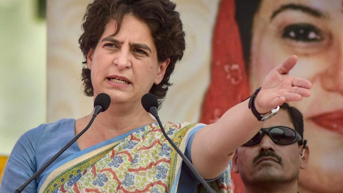 Amethi custodial death: Congress slams Yogi, Smriti