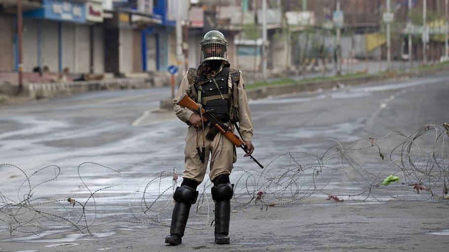 India keeps Kashmir on lockdown for Eid (File Photo)