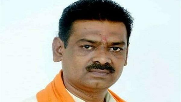 Buy swords, not utensils on Dhanteras: BJP leader