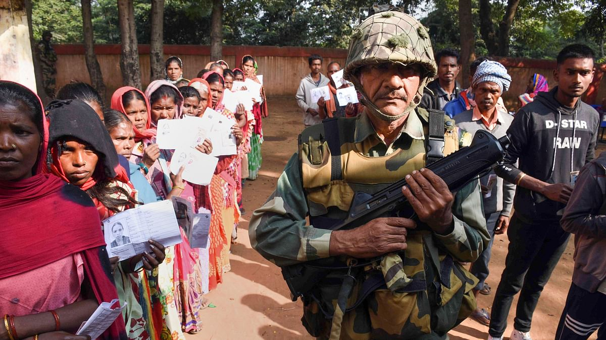 Jharkhand assembly polls: 62.8% turnout in first phase amid sporadic incidents of violence