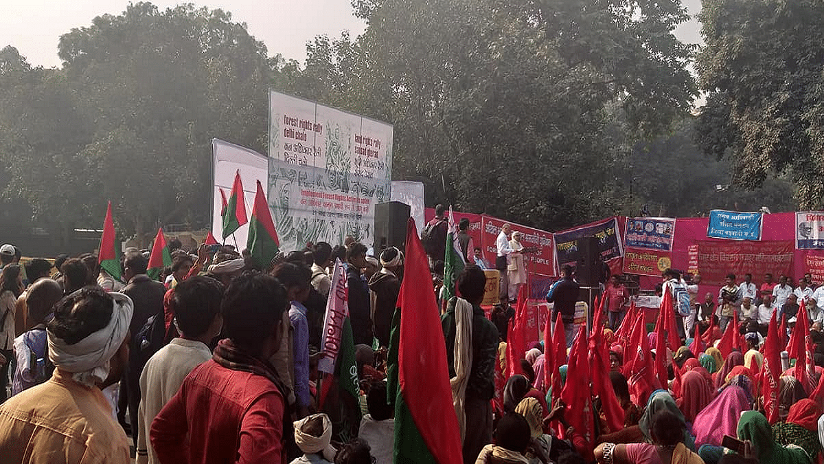Forest dwelling people from across the country demand implementation of Forest Rights Act, 2006