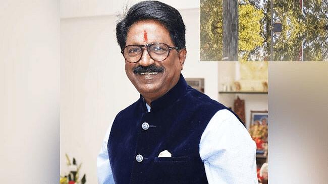 Shiv Sena minister announces decision to quit NDA govt