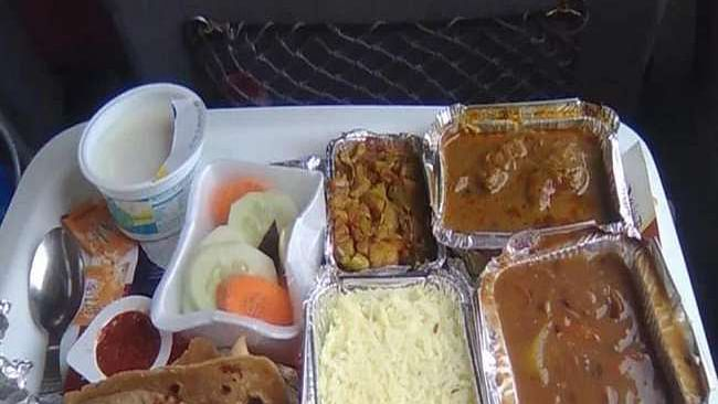 Rail board to hike meal prices on Rajdhani, Shatabdi, Duronto trains