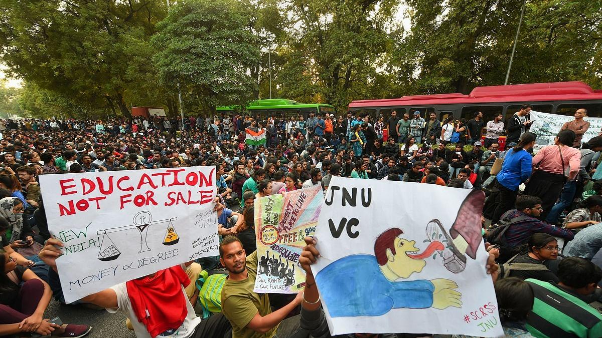 JNU issue rocks Parliament, Opposition demands probe into police atrocities