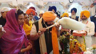 Amarinder Singh urges Modi to prevail upon Pakistan to grant Indian devotees access to more Pak gurdwaras