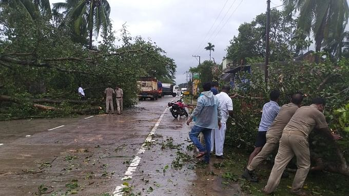 Cyclone Bulbul creating havoc in Odisha coast