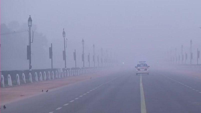 Mercury drops to 9.6 degrees C in Delhi