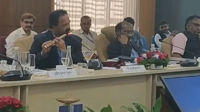 WATCH: Parliamentary panel ends with ISRO scientist's flute performance