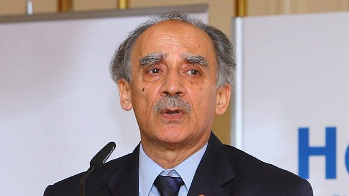 Arun Shourie suffers brain injury after fall, hospitalised