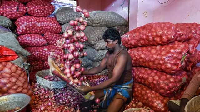 Onion crisis: Govt reduces stock holding limit for wholesalers, retailers