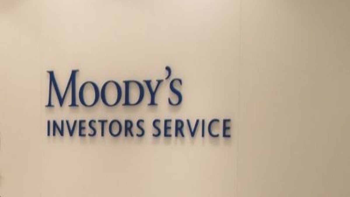 Moody's changes outlook for Indian banking to 'negative'