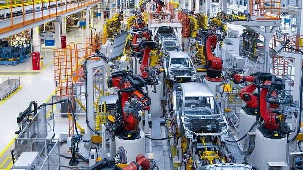 Almost every major automobile maker in India cut its production in Q1.