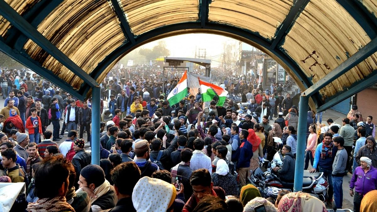2-minute silence for Kashmiri Pandits at Shaheen Bagh