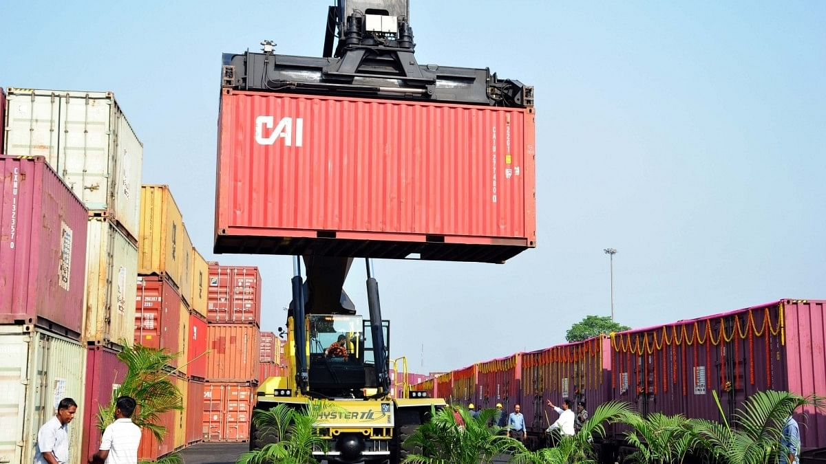 Slowdown pangs: India's December exports fall, imports down 8.83%