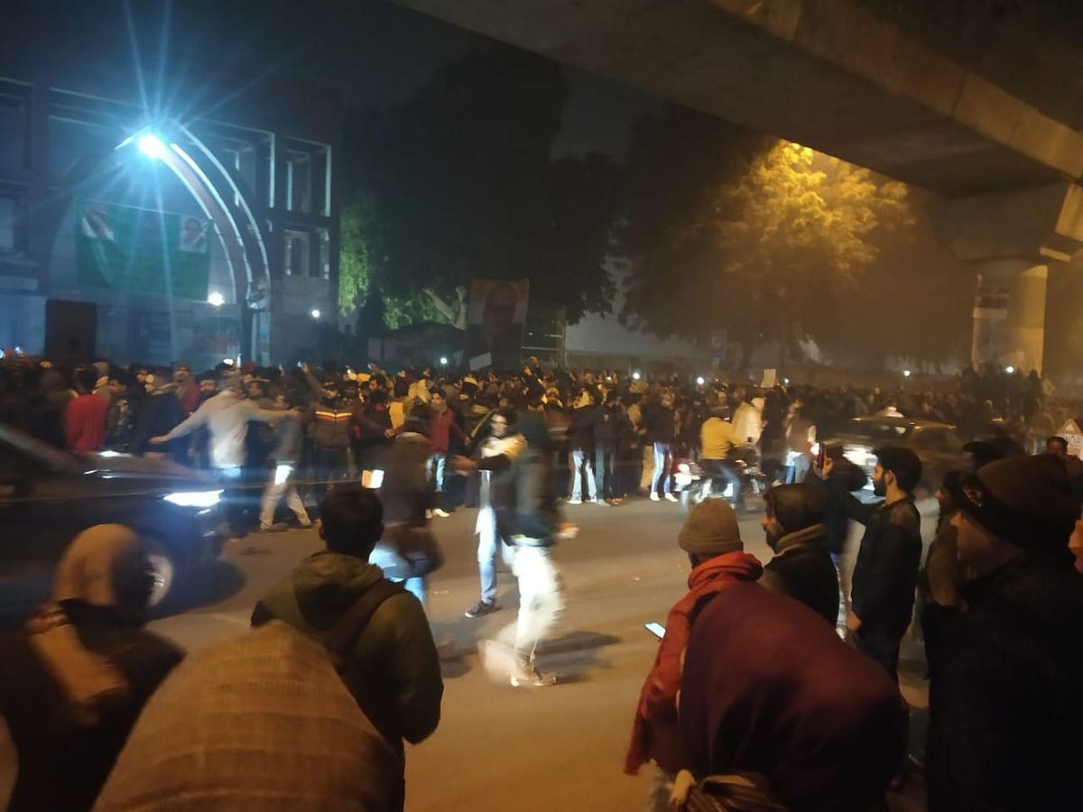 Crowd gathered at Jamia Milia Islamia University during New Year's Eve