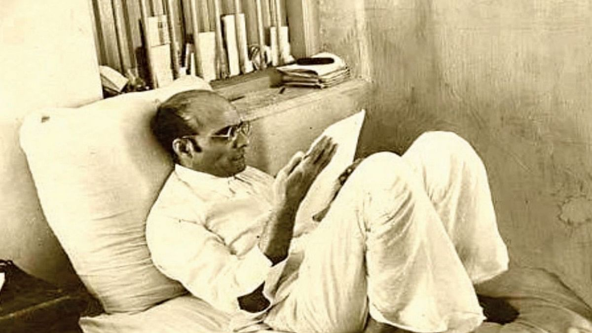 Savarkar praised and called himself 'Veer' in biography penned by himself