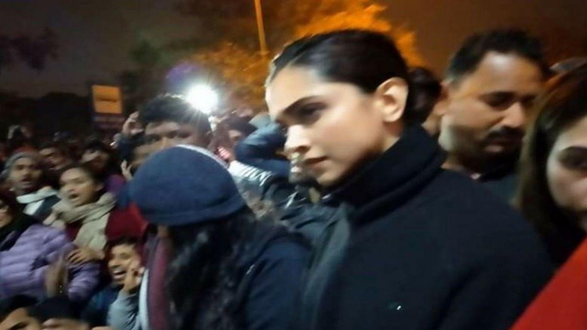 Deepika Padukone joins students at JNU in Delhi