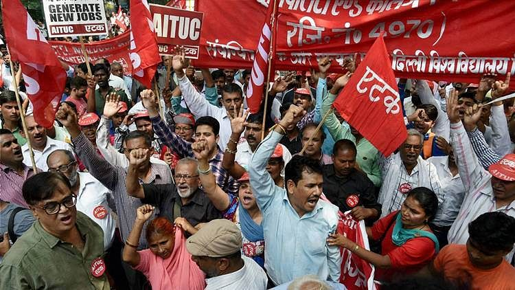 'Bharat Bandh' evokes good response barring in a few states