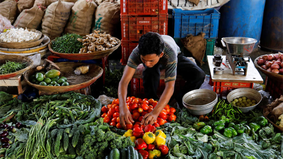 Retail inflation rose to over 5-yr high of 7.35% in December, surpasses RBI's comfort level