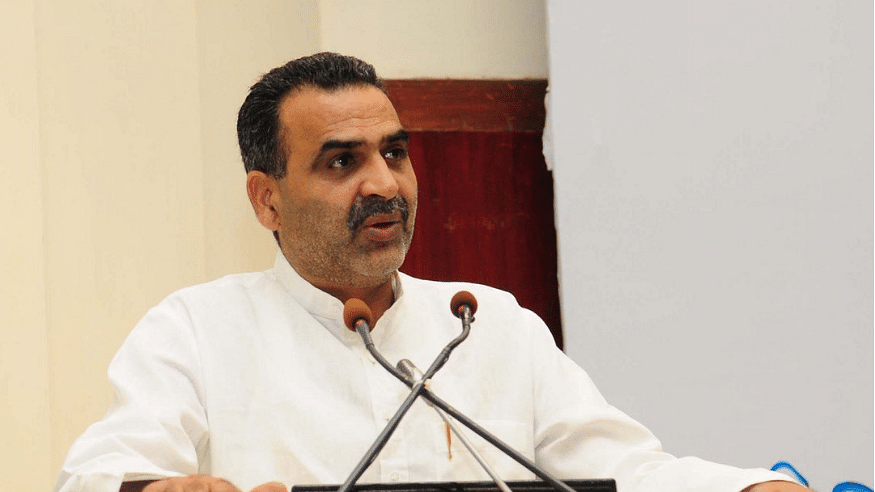 Union Minister Sanjeev Balyan comes up with unique 'cure' for Jamia, JNU protesters