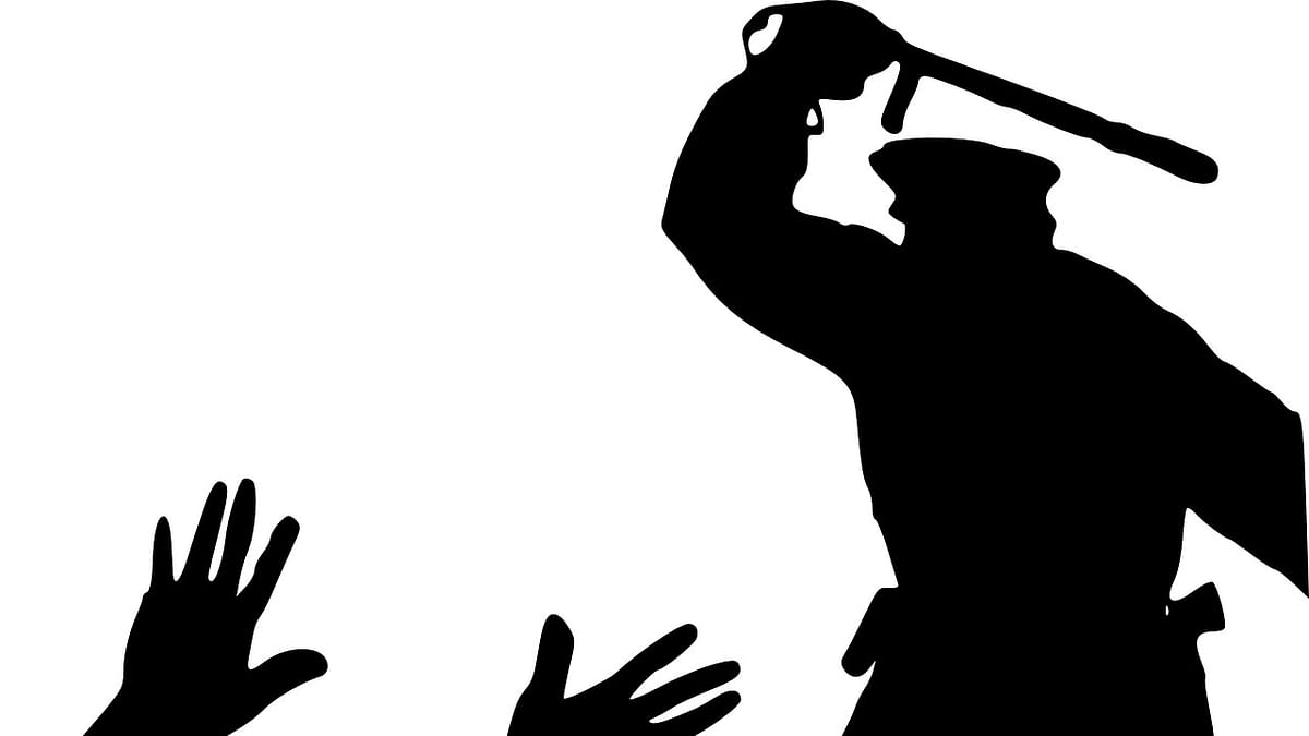Five cops suspended for beating RSS worker in Amethi