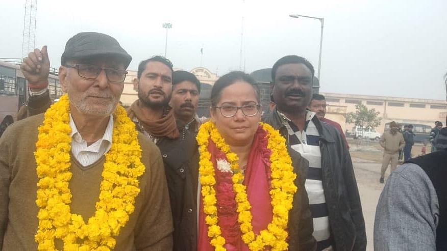 Anti-CAA protests: Activist Sadaf Jafar, former IPS officer SR Darapuri released from Lucknow jail