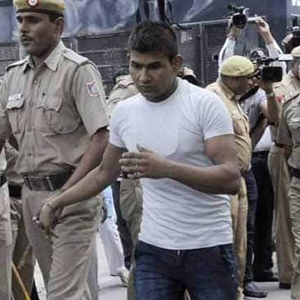 LIVE News Updates: Nirbhaya convict Vinay Sharma banged his head against wall to hurt himself