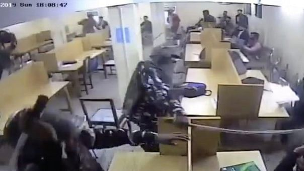 Jamia CCTV footage: Initiate neutral, time bound probe,  Twitterati suggests to Modi