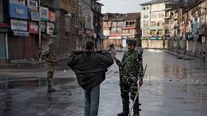 Journalism in Kashmir's troubled times: Communications clampdown, queues and eight computers
