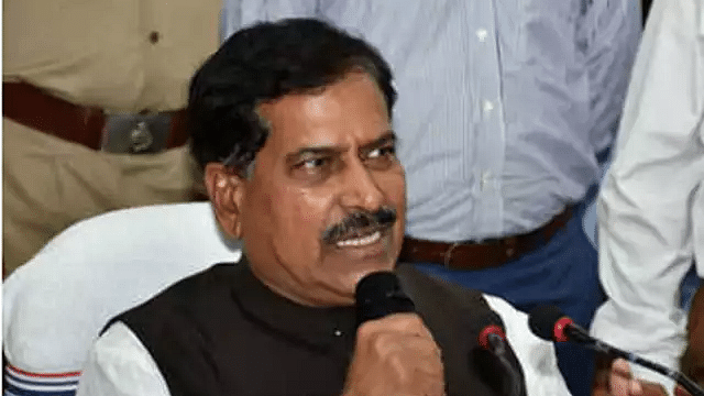 MoS Railways Suresh Angadi passes away; first union minister to succumb to COVID-19