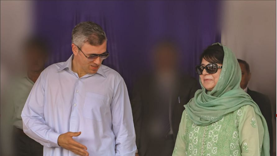 Omar Abdullah and Mehbooba Mufti (File photo)