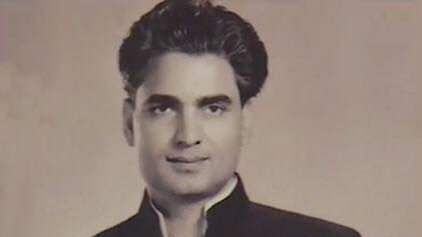 Kamal Amrohi's younger son Tajdar Amrohi  fondly remembers his father on his death anniversary