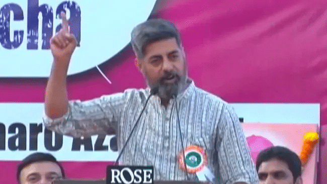 WATCH: For Modi govt, buses matter, human lives don't, says Sushant Singh