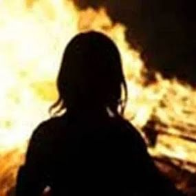 Woman set ablaze in Aurangabad dies