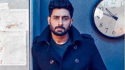 Abhishek flies in to Mumbai to bring in his birthday