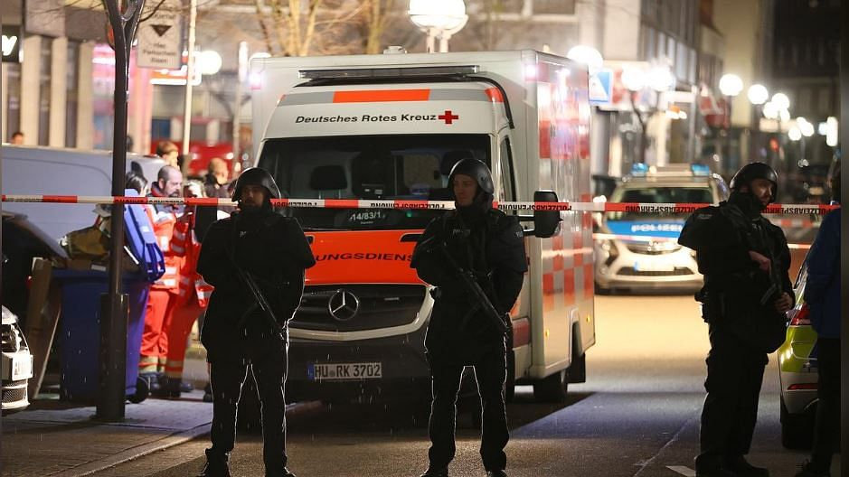 8 killed in two shootings in German city of Hanau