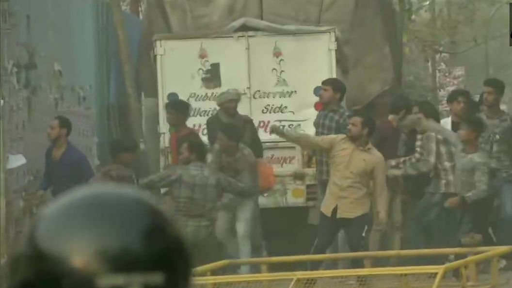LIVE News Updates: Stone pelting between two groups in Maujpur area, tear gas shells fired by Police