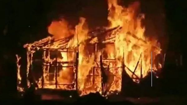 7 houses set on fire in TMC-BJP clash in Bengal