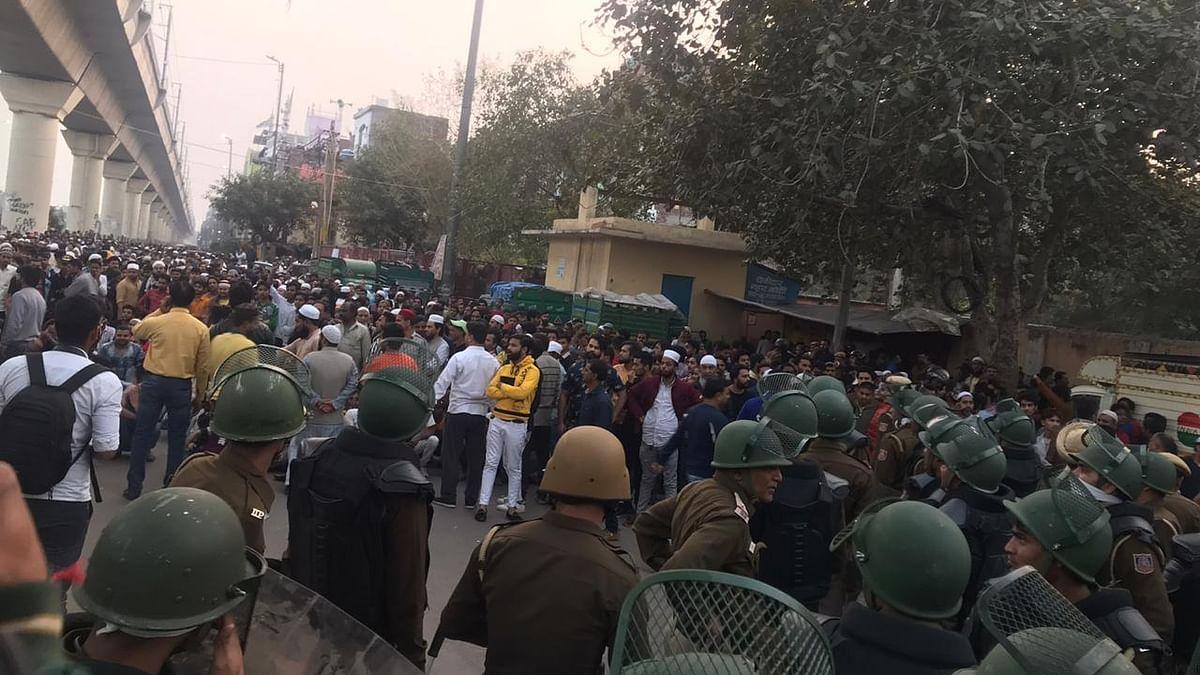 Orchestrated attacks, arson in northeast Delhi; a cop and civilian dead