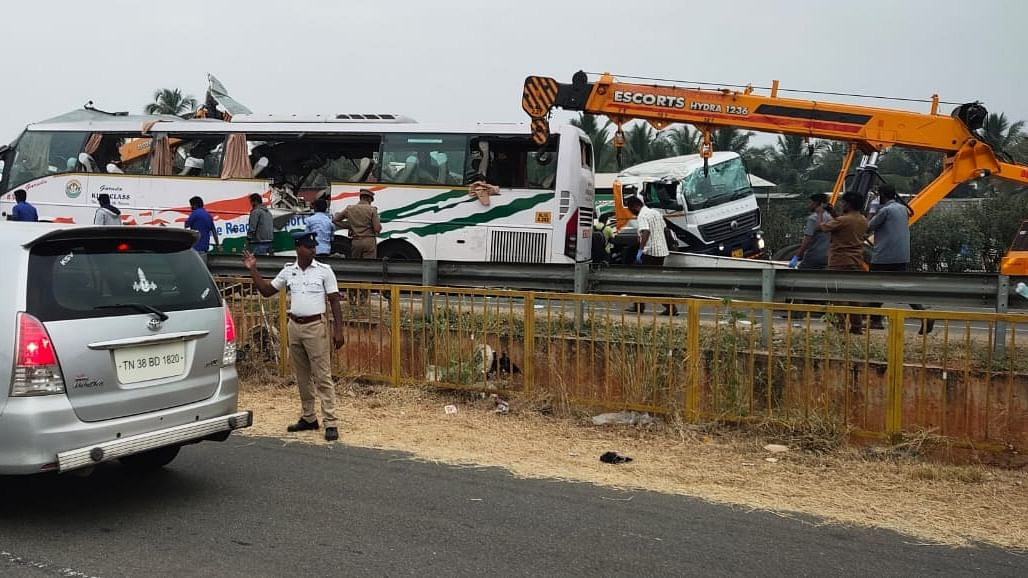 26 killed in two separate road accidents in Tamil Nadu