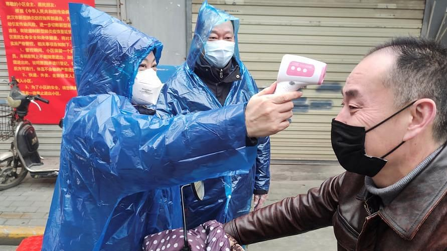 Coronavirus: China admits 'shortcomings' — live updates