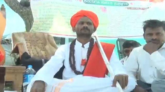 Muslim man to head Lingayat Peace Centre; named as pontiff of Lingayat Math in Asuti village, Karnataka