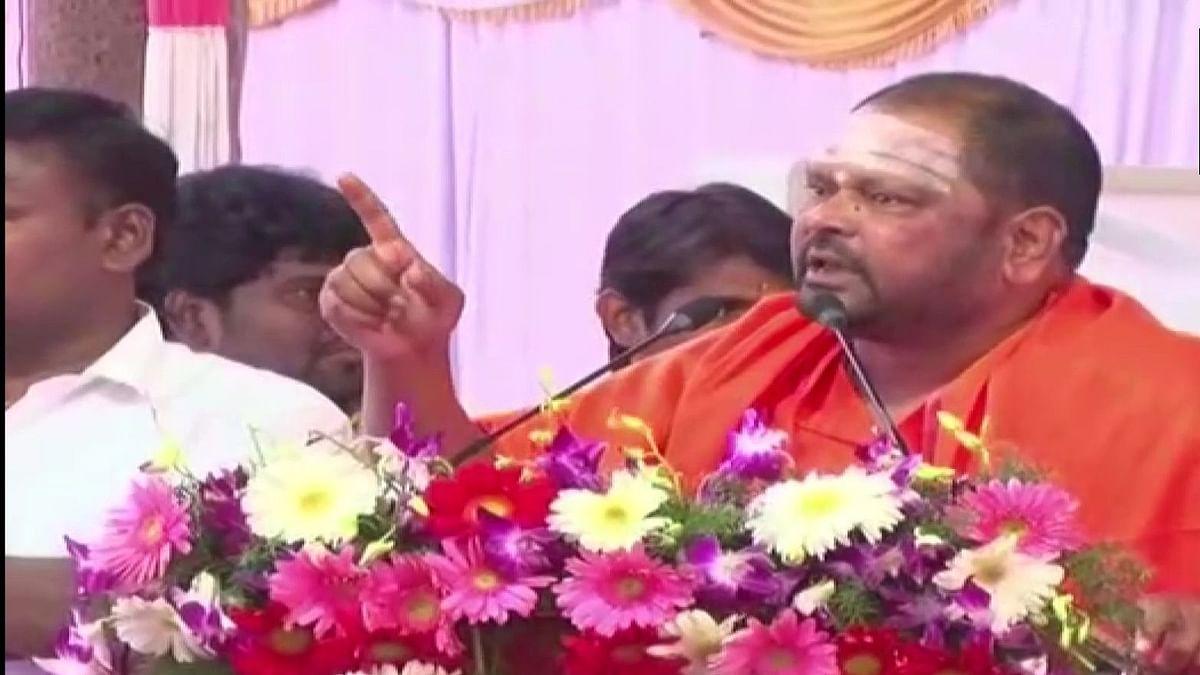 Another Lingayat seer dares Yediyurappa to make BJP MLA a minister