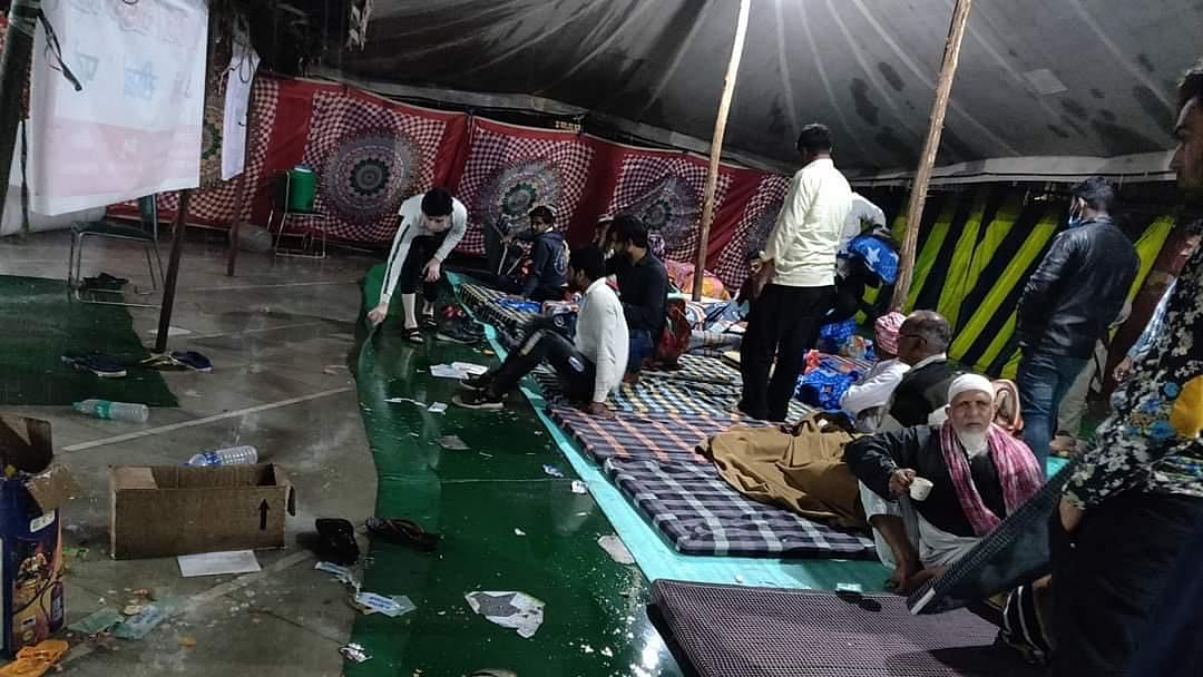 Delhi riots victims stranded in flooded relief camps