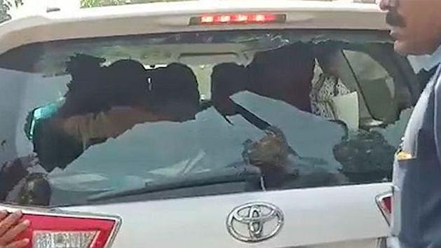 Hindu Yuva Vahini chief's car attacked