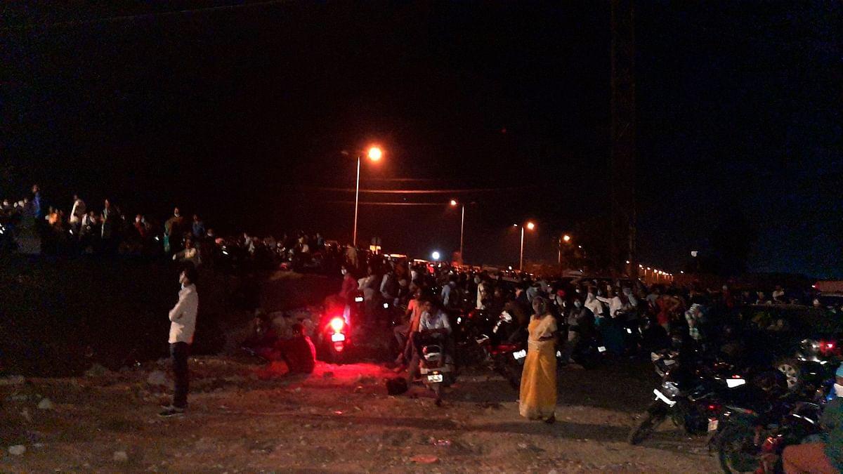 Coronavirus lockdown: Hundreds of people stranded at AP-Telangana checkpoints
